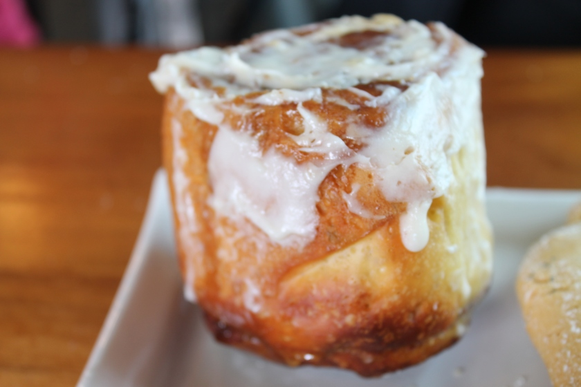 Lofty cinnamon bun