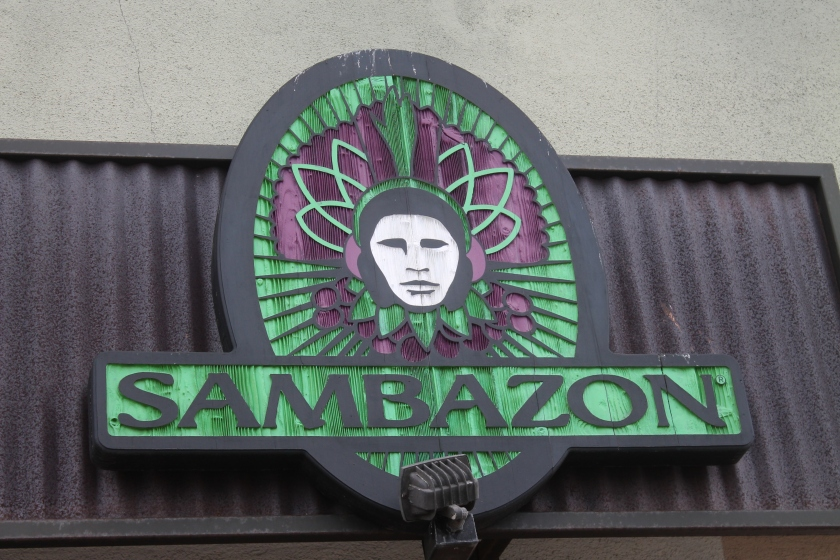 Sambazon front sign